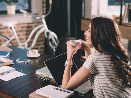 10 Side Businesses You Can Start and Grow While Working Full-Time | The Grace and Moxie Life